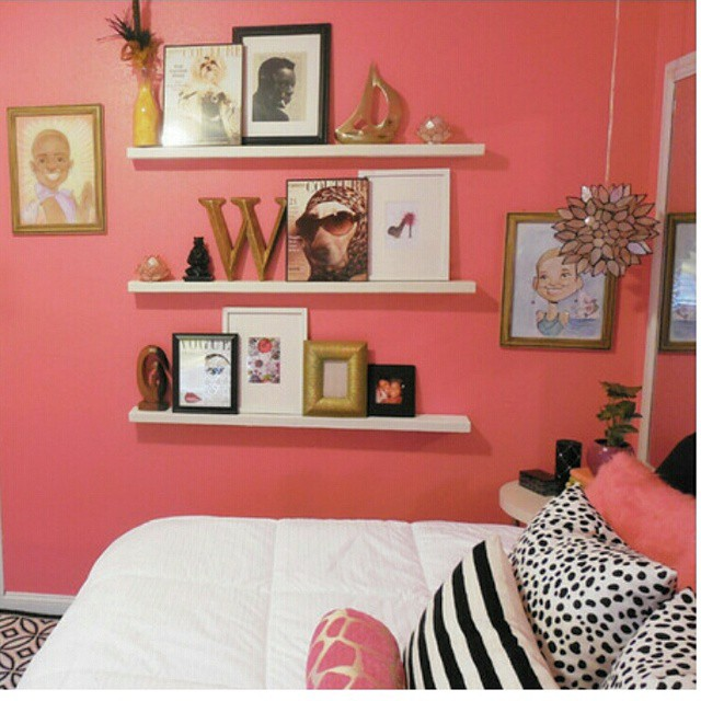 Trying to decide on what kind of wall shelves I'll go with in my bathroom and remembered this super inexpensive solution I created for a client some time ago. Slim shelves are a great way display your art collection and makes it easy to rotate pieces when you get new ones.  They're also pretty convenient for small space dwellers. #decor #home #smallspaces #whitneyjdecor