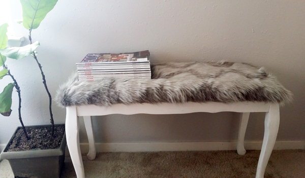 Awesome Diy Reupholster An Old Bench Seat With Faux Fur Whitney J Gamerscity Chair Design For Home Gamerscityorg